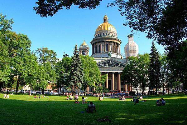 http://www.saule-spb.ru/vision/web/postcards/2017/i/spb-08b.jpg